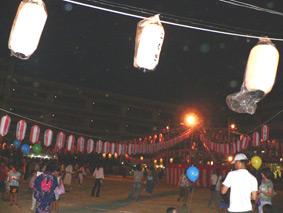 盆踊り会場